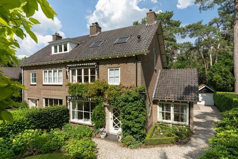Vermeerlaan 30 in Bilthoven 3723 EN