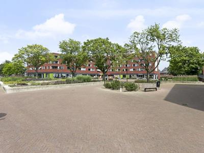 Dirigentplein 102 in Eindhoven 5642 RK