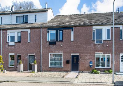 Cornelis Dopperstraat 85 in Hengelo 7558 GT