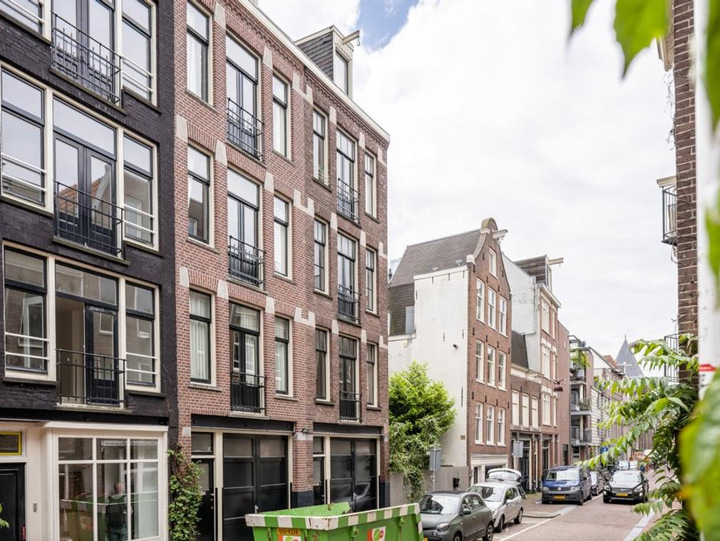 Bloemstraat 81 2 in Amsterdam 1016 KX