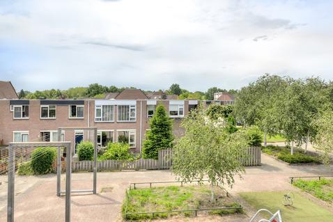 Middenerf 23 in Breda 4824 HN