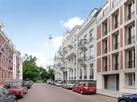Pieter Cornelisz. Hooftstraat 198 in Amsterdam 1071 CH