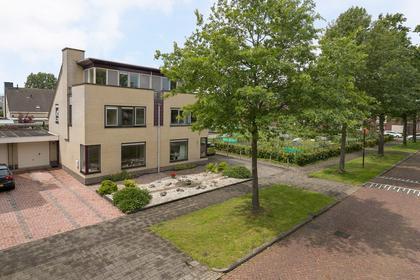 Baronesse De Vos Van Steenwijksingel 36 in Heerenveen 8442 KL