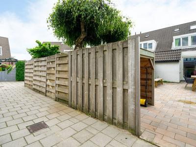 Zonnedauw 13 in Reeuwijk 2811 RL