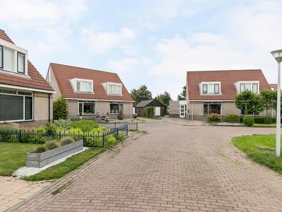 Zonnedauw 27 in Sneek 8607 DX