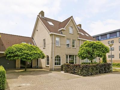 Florapark 30 in Eindhoven 5644 BX