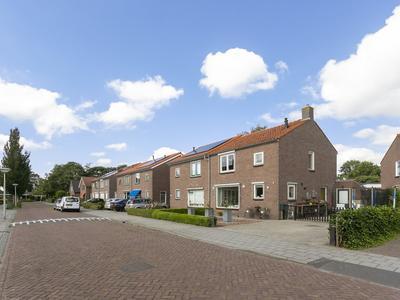 Burg.Van Sandickstraat 38 in Nieuwleusen 7711 HX