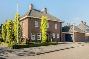 Graaf Albrechtstraat 17 in Elshout 5154 AH