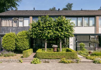 Petuniastraat 27 in Enschede 7531 DT