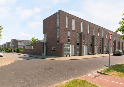 Boelijn 42 in Almere 1319 CP
