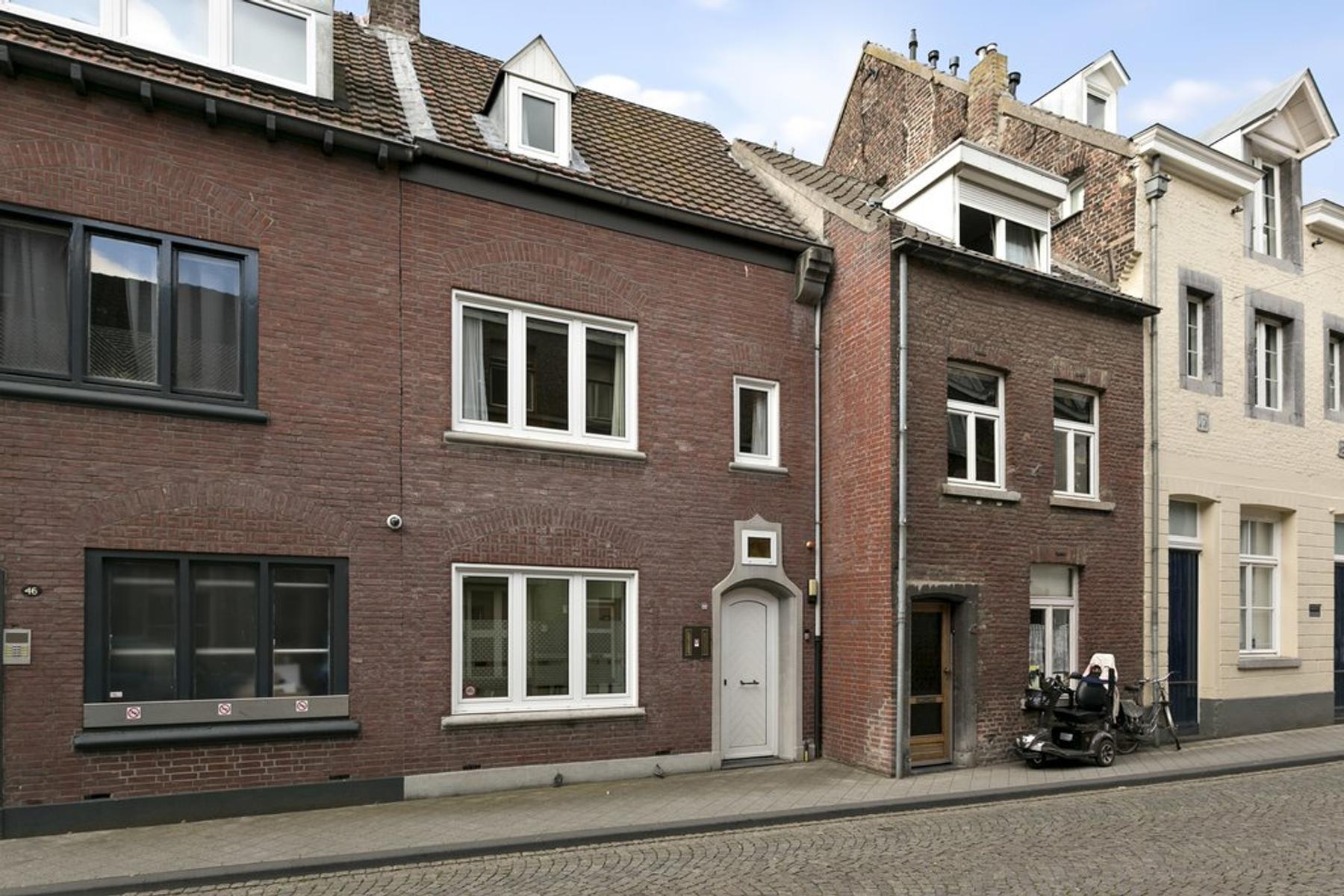 Wycker Grachtstraat 44 in Maastricht 6221 CX