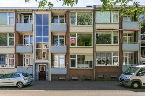 Oranjestraat 33 in IJmuiden 1975 DA