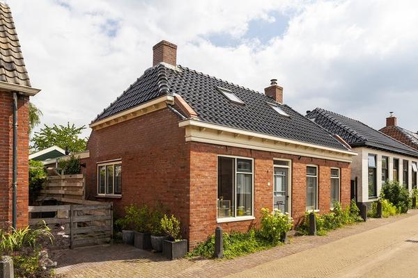 Kerkstraat 11 in Ulrum 9971 AX