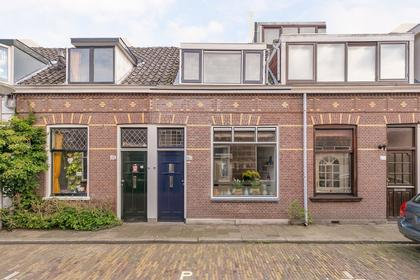 Eliza Dorusstraat 23 in Delft 2613 ED