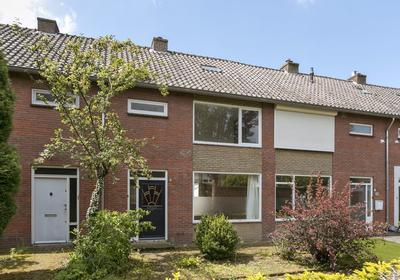 Acaciastraat 3 in Sint-Michielsgestel 5271 JL