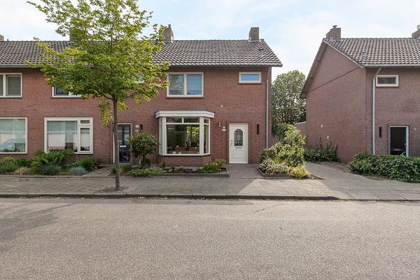 Korenbloemstraat 20 in Beek En Donk 5741 VV