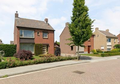 Kasteelstraat 34 in Wouw 4724 AS