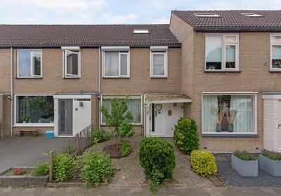 Dimmerlaan 10 in Leerdam 4143 BS