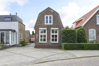 Kerkstraat 67 in Elshout 5154 AN