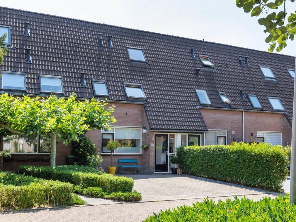 Louis Bouwmeesterstraat 58 in Hengelo 7558 TN
