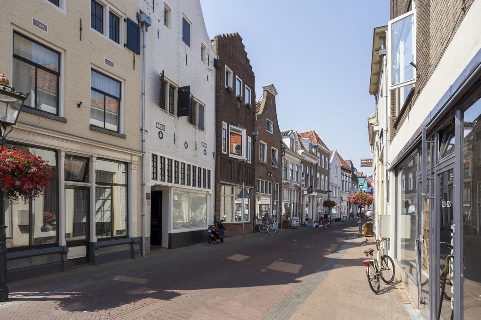 Oudestraat 250