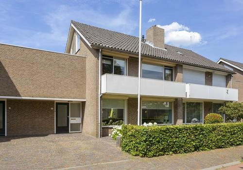 Burgemeester Mazairaclaan 95 in Rosmalen 5242 AZ