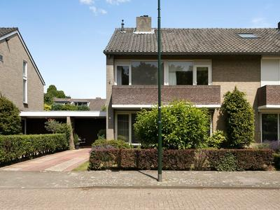 Rijnlaan 32 in Son En Breugel 5691 JH