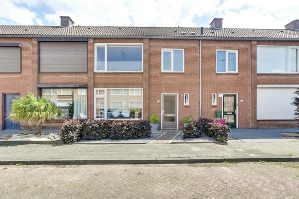 Spechtstraat 33 in Zundert 4881 WV