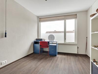 Spechtstraat 33 in Zundert 4881 WV
