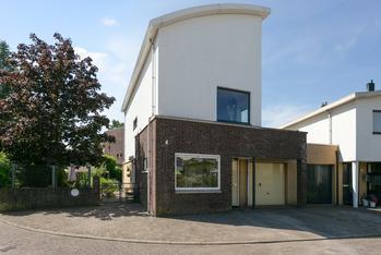 Nienke Van Hichtumplein 3 in Zutphen 7207 KS