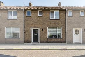 Ter Hoogestraat 31 in Middelburg 4335 EM