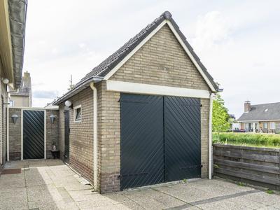 Burg.Hoekstrastraat 19 in Nieuwleusen 7711 JN