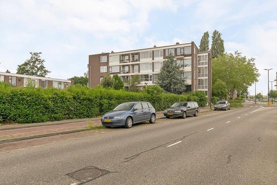 Van Hogendorplaan 146 B in Vlaardingen 3135 CH