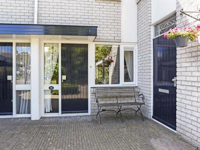 Dokter Duetzlaan 48 in Wassenaar 2242 RP
