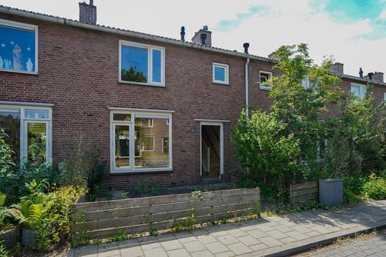 Lindanusstraat 35 in Nijmegen 6525 PT