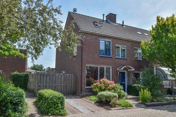 Gentiaanvaart 2 in Zoetermeer 2724 TM