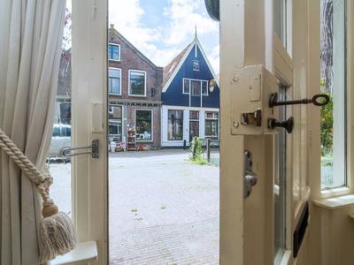 Rechtestraat 68 in De Rijp 1483 BE