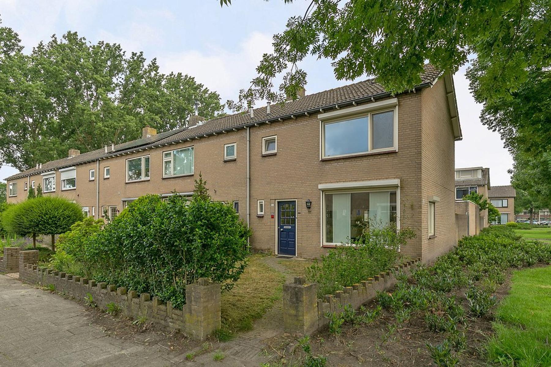Mendelssohnstraat 68 in Waalwijk 5144 GH