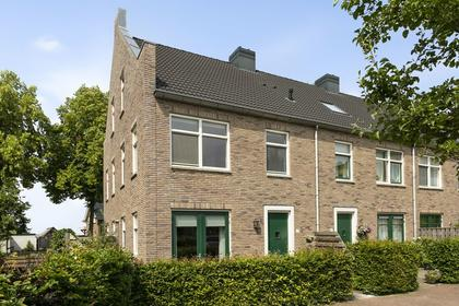 Raadhuishof 17 in Kerkwijk 5315 NG