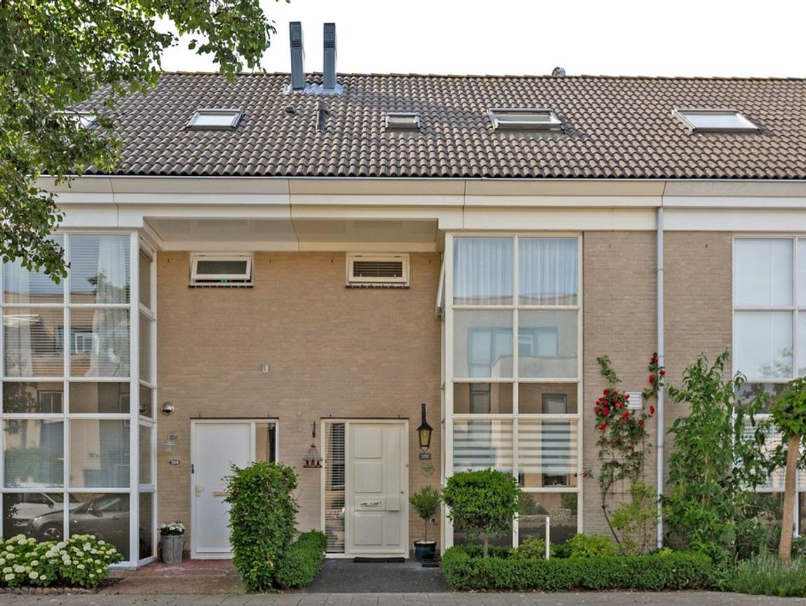 Evenaar 392 in Alphen Aan Den Rijn 2408 HR