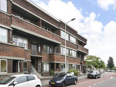 Juliana Van Stolberglaan 472 in 'S-Gravenhage 2595 CV