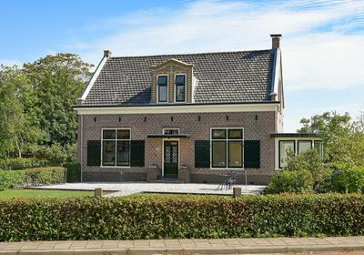 Oud-Loosdrechtsedijk 130 in Loosdrecht 1231 ND