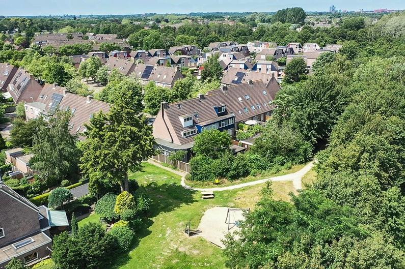 Schepenenlaan 111 in Zwolle 8014 JC