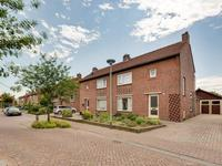 Plantsoenstraat 1 in Linne 6067 GH