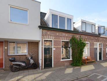 Eliza Dorusstraat 3 in Delft 2613 ED