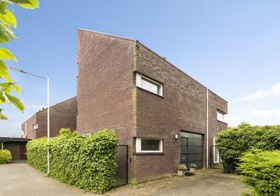 Spits 8 in Bergen Op Zoom 4617 GP