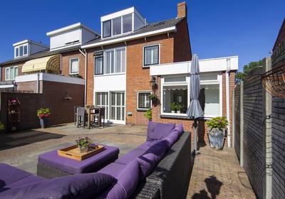 Piet Leffertsstraat 33 in Zandvoort 2042 EG