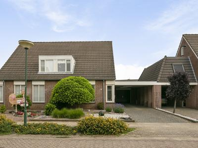 Hoogeindse Kampen 13 in Rijkevoort 5447 PS