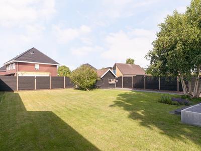 Maasdijk 271 in Wijk En Aalburg 4261 AL