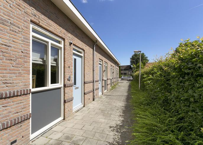 Driekus Van Der Giessenhof 4 in Klaaswaal 3286 DA